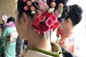 【着物でお出かけ Shi-naのヘアセット&着付け】